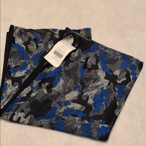 NWT Fabletics infinity scarf